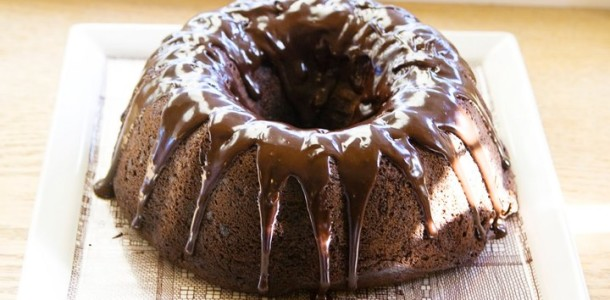 Çikolata Soslu Kek Tarifi
