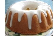 Beyaz Çikolata Soslu Limonlu Kek Tarifi