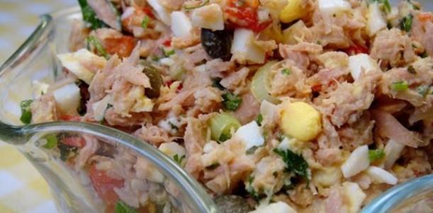 Yumurtalı Ton Balığı Salatası Tarifi