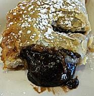 Çikolatalı Milföy Böreği Tarifi
